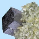 Galena, calcite Sweetwater Mine (Milliken Mine; Ozark Lead Mine), Ellington, Viburnum Trend District, Reynolds Co., Missouri, USA 45 mm x 38 mm x 35 mm  Close-up view (Author: Carles Millan)