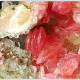 Rhodochrosite - Uchucchacua Mine - Oyon Province - Lima Department - Peru - miniature (Author: jaysminerals)