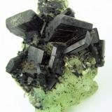 Babingtonite, prehnite, quartz Qiaojia, Zhaotong, Yunnan, China 83 mm x 59 mm (Author: Carles Millan)
