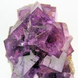 Fluorite, quartz Berbes Mining area, Ribadesella, Asturias, Spain 72 mm x 55 mm x 55 mm. Main crystal edge: 23 mm  Close up view (Author: Carles Millan)