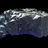 Azurite complete crystal,including bottom Touissit Morrocco 2,8cm (Author: parfaitelumiere)