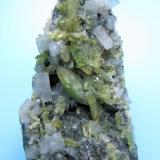 "Titanite, ""adularia"", chlorite Central St Gotthard Massif, Leventina, Ticino (Tessin), Switzerland 50 mm x 32 mm x 24 mm. Main titanite crystal size: 10 mm. Main adularia crystal size: 6 mm (Author: Carles Millan)"