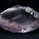 Fine quality and coloure kunzite crystal floater, from Konar, Province, Afghanistan  Size 107 x 60 x 20 mm (Author: olelukoe)