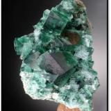 Jewel Box pocket fluorite from Rogerly, UK. Measures 12 x 6 x 5 cm and weighs 200 grams (Author: VRigatti)
