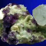 Fluorita y Cuarzo  Mina Ana (La Cabaña) Berbes Asturias 8 x 7 cm. Altura cristal cuarzo: 3 cm. (Autor: JRG)