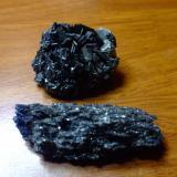 este mineral es conocido como piedra arco iris, piedra de los 7 metales y mas comunmente como bicarburo de silicio. Yo creo que posiblemente sea escoria de fundicion, ¿ustedes que creen? (Autor: manuel rodriguez garcia)