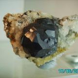 Esfalerita variedad Marmatita Tunel de José Maestre La Unión Murcia año 1997 cristal de 3,2cms. (Autor: Gelo)