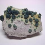 Wavellita, mina de Linde, Dug Hill, Avant, Garland Co. Arkansas, USA, 6,8x5x3,1 cm. (Autor: Edelmin)