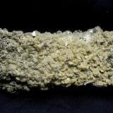 Cuarzo con Siderita, Fluorapatito y Pirita. 15,5 x 4,5 x 2,5 cm. (Autor: Jmiguel)