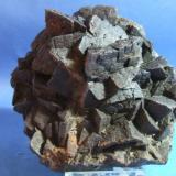 Siderita mina la hoya Guejar sierra Granada  pieza de 15cm  cristales con aristas de 4cm.jpg (Autor: Nieves)