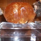 Calcita.denton Mine,Cave-in-Rock, Hardin County,Illinois. (Autor: jaume.vilalta)