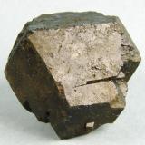 Granate melanita Cehegín (Murcia) España 5,5 x 4 x 4 cm 171 gr (Autor: Granate)