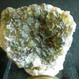 Fluorita verde (bastante rara en el yacimiento), 5 cm. Arteixo, año 2000 (Autor: usoz)