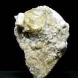 Calcita - Minas de la Florida - Valdáliga - Cantabria Pieza de 12 x 7 cm. - Cristal 3 cm. (Autor: El Coleccionista)