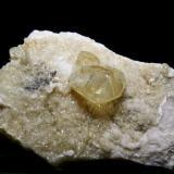 Calcita - Minas de la Florida - Valdáliga - Cantabria Pieza de 15 x 10 cm. - Cristal 4 cm. (Autor: El Coleccionista)