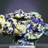 Azurita - Touissit - Oujda/Angad - Región Oriental - Marruecos Pieza de 9 x 8 cm. cristal mayor 0,3 cm. (Autor: El Coleccionista)
