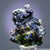 Azurita - Touissit - Oujda/Angad - Región Oriental - Marruecos Pieza de 7 x 7 cm. cristal mayor 2 cm. (Autor: El Coleccionista)