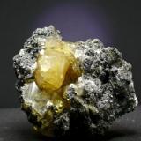 Anglesita - Touissit - Oujda/Angad - Región Oriental - Marruecos Pieza de 9 x 7 cristal mayor 3 cm. (Autor: El Coleccionista)