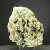Axinita - Cantera La Juanona - Antequera - Málaga Pieza de 6 x 5 cm. cristal mayor 0,6 cm. (Autor: El Coleccionista)