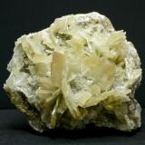 Barita - Mina Beltraneja - Complejo minero El Cortijuelo - Bacares - Almería Pieza de 14 x 12 cm. cristal mayor 3 cm. (Autor: El Coleccionista)