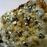 A closer shot of the pyrite-rich matrix. (Author: Tobi)