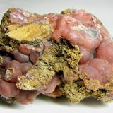 Rhodochrosite, Louise mine, Bürdenbach, Wied district, Germany, size is 6 x 4 x 3 cm (Author: Montanpark)