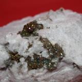 Pirita<br />Cantera Las Suertes, Las Suertes, Vegas de Matute, Segovia, Castilla y León, España<br />Cristales milimétricos (aproximadamente)<br /> (Autor: jose manuel gomez)