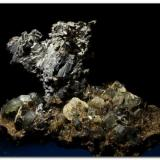 Arsenopirita. Ejemplar 6 cm. Minas de Panasqueira, Portugal. (Autor: Rafa Muñoz(mineralvarado))