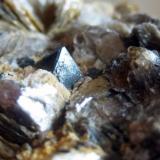 Cristal de gahnita de 1cm de arista. Mina Ana María, Monte Galiñeiro (Vincios, Gondomar) Pontevedra (Autor: usoz)