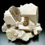 Microcline and quartz Lugert, Kiowa County, Oklahoma, USA 10x9x6 cm overall size. (Author: Jesse Fisher)