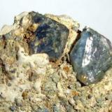 Quartz (blue). Juanona Quarry. Antequera. Málaga. Andalusia. Spain. Crystals 1 cm each. (Author: nimfiara)