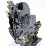 Ferberite, apatite, siderite, mica Panasqueira Mines, Panasqueira, Covilhã, Castelo Branco District, Portugal 71 mm x 60 mm x 60 mm (Author: Carles Millan)