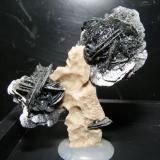 Hematites, Latores, Oviedo. 4.5cm (Autor: yowanni)