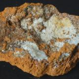 Hemimorfita - Mina Clara, Lastonares, Cantabria, España Medidas: 7x4x1,8 cms (Autor: Joan Martinez Bruguera)