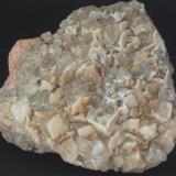 Fluorita - Mines Sant Marçal, Viladrau, Montseny, Osona, Girona, Catalunya, España Medidas: 8x7x2,5 cms (Autor: Joan Martinez Bruguera)