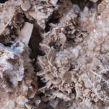 Baritina y otros minerales para estudiar (detalle) - (Nuevo Yacimiento) Zona del Montseny (Top Secret) de momento. Medida 7,5x7x3,5 cms (Autor: Joan Martinez Bruguera)