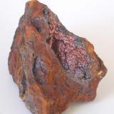 Goethita irisada - Mines Can Palomeres, Malgrat de Mar, El Maresme, Barcelona, Catalunya, España Medidas: 7x4x3,5 cms (Autor: Joan Martinez Bruguera)