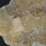 Fluorita (detalle de la pieza anterior) - Mines de Sant Marçal, Viladrau, Montseny, Osona, Girona, Catalunya, España Medidas: 7x6x5,5 cms (Autor: Joan Martinez Bruguera)