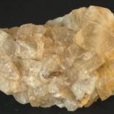 Fluorita - Mines de Sant Marçal, Viladrau, Osona, Girona, Catalunya, España Medidas: 6x3x2,5 cms (Autor: Joan Martinez Bruguera)