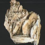 Baritina - Mines de Sant Marçal, Viladrau, Montseny, Osona, Girona, Catalunya, España Medidas: 4,5 x 4 x 4 cms (Autor: Joan Martinez Bruguera)