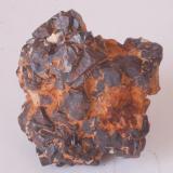 Goethita Pseudomórfica de Pirita - Sant Julià de Ramis, Gironès, Girona, Catalunya, España Medidas: 3,5 x 3,5 x 2,3 cms (Autor: Joan Martinez Bruguera)