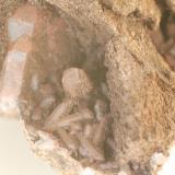 Cuarzo (detalle de la pieza anterior) - L'Erola, Viladrau, Montseny, Osona, Girona, Catalunya, España Medidas: 8,5 x 6,5 x 5 cms (Autor: Joan Martinez Bruguera)