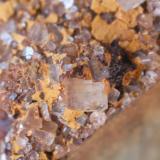 Baritina con Hematites & Limonita (detalle)  Pedrera dels Frares - L'Avençó - Aiguafreda - Vallès Oriental - Barcelona - Catalunya - España Medidas: 6,5 x 5 x 3,5 cms (Autor: Joan Martinez Bruguera)