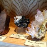 Some other international quartes, smoky quartz from Egypt, rock crystal from Peru, amethyst from Namibia. (Author: Tobi)