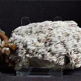 Baryte, Sykes mine (West), Trough of Bowland, Lancashire. approx 15 cm long. (Author: nurbo)
