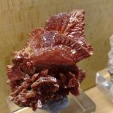 Vanadinite Mibladen, Morocco 5x5 cm. (Author: Enrique Llorens)