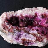 Talmessite over cobaltian Calcite Agdal, Morocco 11x6 cm. (Author: Enrique Llorens)