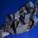 Siderita<br />Sierra Almagrera, Cuevas del Almanzora, Comarca Levante Almeriense, Almería, Andalucía, España<br />10x4 cm. Cristal mayor 1,8 cm.<br /> (Autor: Juan Luis Castanedo)