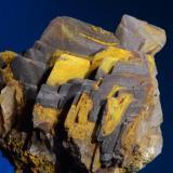 Barita con óxidos de hierroRoza minas del Pilar de Jaravía. Pulpí. Almería.5x4,6 cm. (Autor: Juan Luis Castanedo)