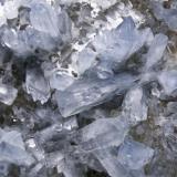 Celestina Cantera Minerama - Cerro Moreno - Puentetablas - Jaén Pieza de 21x16 cm. cristal mayor 4,5 cm. Detalle de la pieza anterior (Autor: El Coleccionista)
